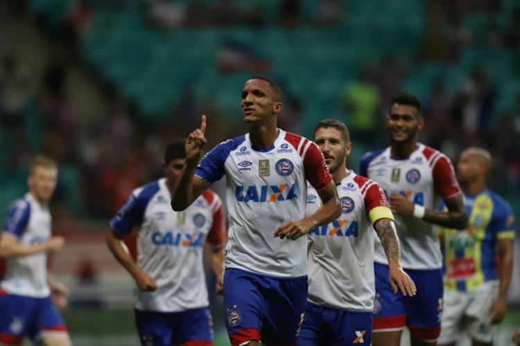 Rodrigo Becão marcou um dos seis gols da goleada Tricolor - Foto: Adilton Venegeroles | Ag. A TARDE