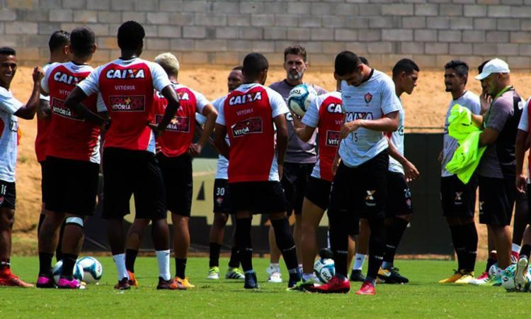 Jogadores do Vitória encaram o duelo de domingo como decisão - Foto: Maurícia da Matta | EC Vitória