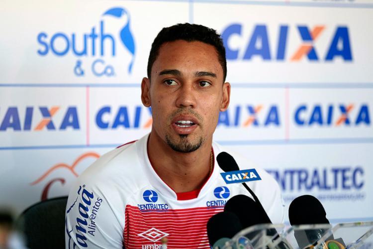 Com seca de gols finalizada, jogador, de volta à função de centroavante, busca deslanchar - Foto: Felipe Oliveira l EC Bahia