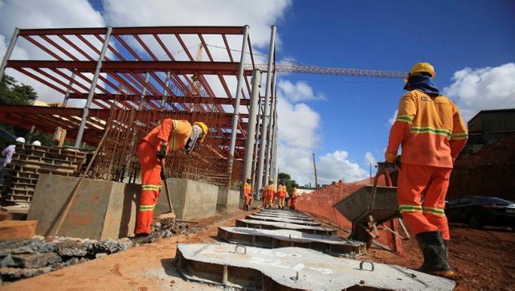 Construção Civil foi um dos setores com maior criação de postos formais - Foto: Joá Souza | Ag. A TARDE | 23.03.2017