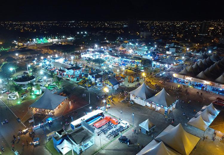 A feira acontece no Parque de Exposições Teopompo de Almeida, no município de Vitória da Conquista, de 13 a 18 de março - Foto: Divulgação