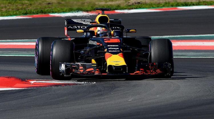 Piloto australiano quebrou o recorde não oficial do Circuito da Catalunha - Foto: Jose Lago l AFP