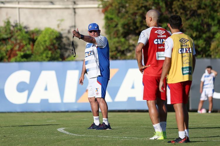 As orientações de Guto são claras: mirando o Bahia no topo, ele não aceitará vacilos do time - Foto: Felipe Oliveira l EC Bahia