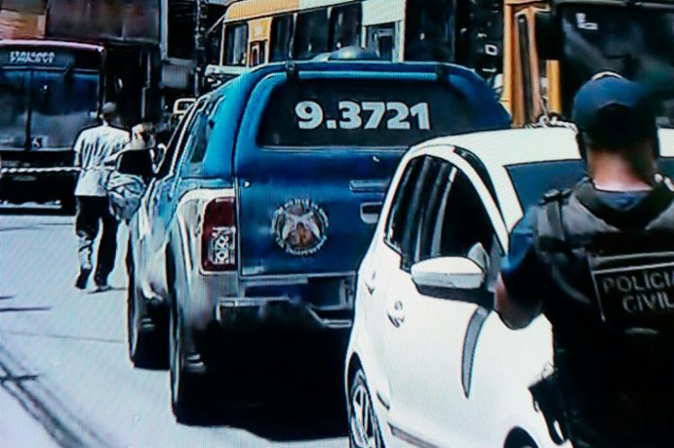 Vítima trafegava pela rua Lima e Silva quando foi baleada - Foto: Reprodução | TV Record