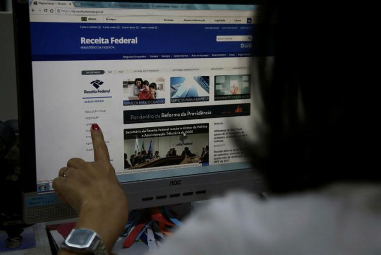 Expectativa é de que 28,8 milhões de contribuintes entreguem a declaração - Foto: João Souza | Ag. A TARDE