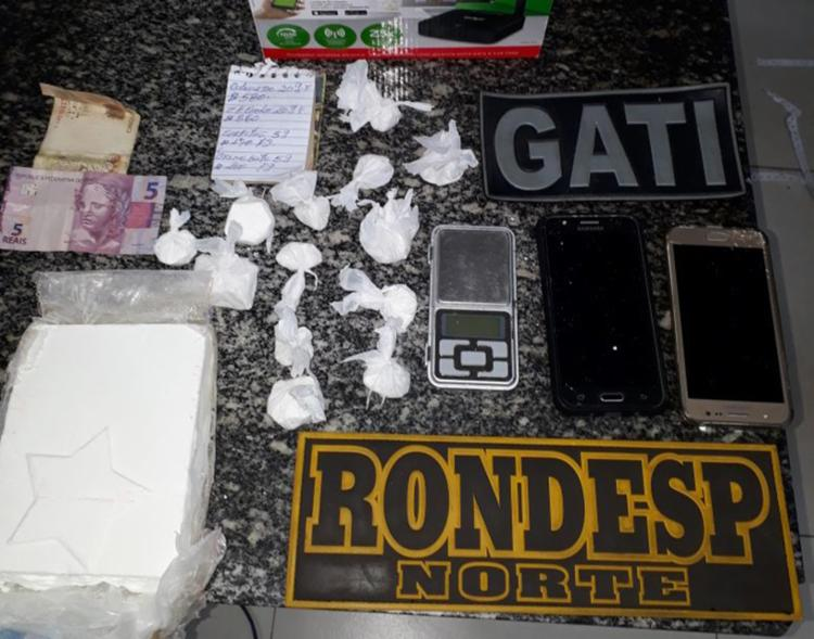 Suspeitos estariam comercializando cocaína na ponte que liga Juazeiro a Petrolina - Foto: Divulgação   PM