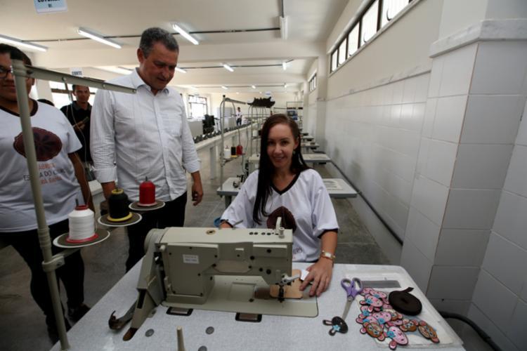 Fábrica Escola do Couro é um dos laboratórios inaugurados nesta quarta - Foto: Manu Dias | GOVBA
