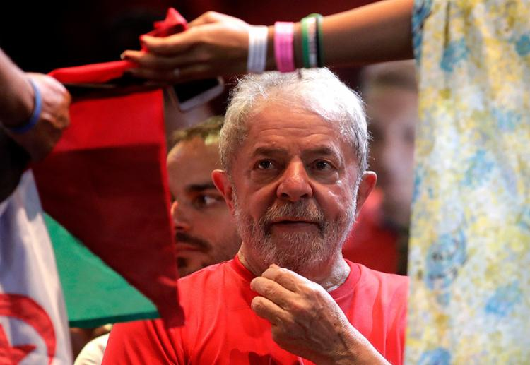 Declaração foi feita em São Borja, onde ex-presidente visita túmulo de Getúlio Vargas - Foto: Lúcio Távora l AFP