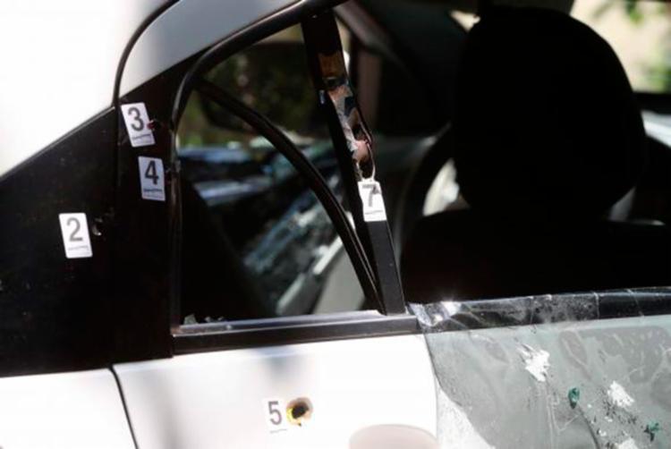 Disparos de arma de fogo no veículo onde estava a vereadora Marielle Franco e o motorista Anderson Gomes - Foto: Marcelo Sayão   Reprodução   Agência Brasil