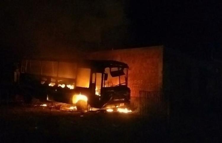As chamas teriam sido causadas por um curto circuito - Foto: Reprodução | Blog Braga