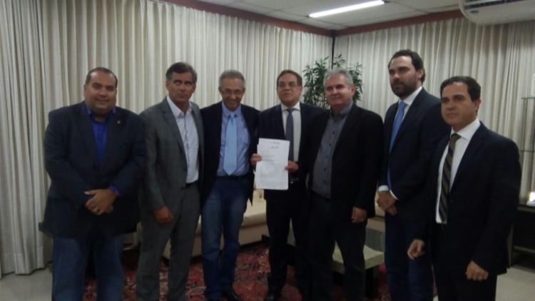 Oposição solicitou criação de CPI para investigar construção da Arena Fonte Nova - Foto: Divulgação   Liderança da oposição