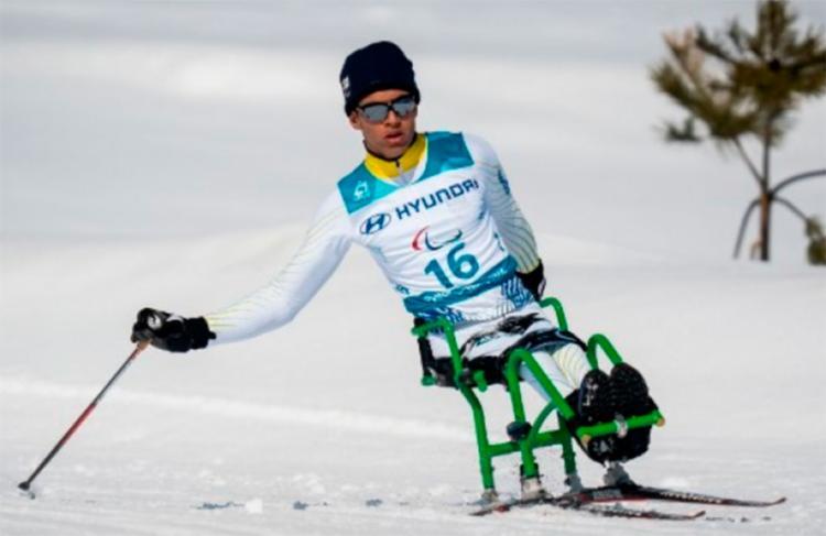 Cristian, com 15 anos, fez história ao conquistar um inédito sexto lugar no último sábado - Foto: Bob Martin | OIS | IOC | AFP