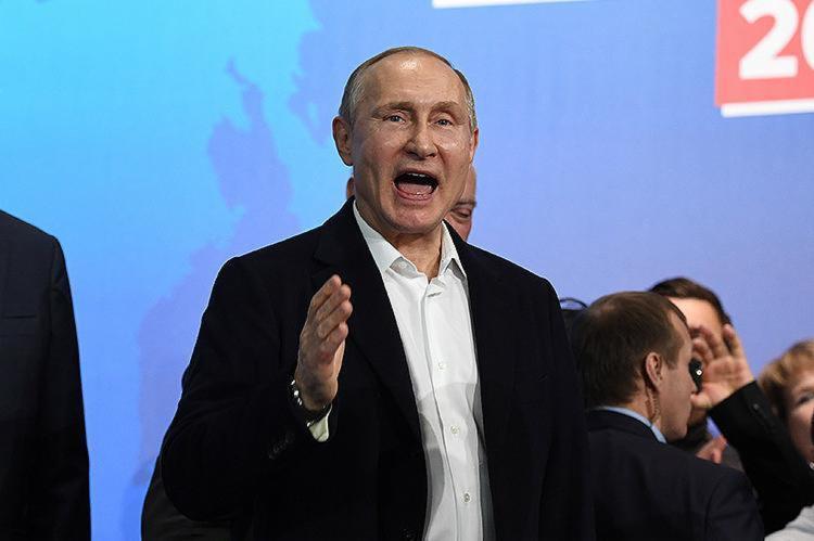 Resultado foi informado pela Comissão Eleitoral Central na noite deste domingo, 18 e garante quarto mandato ao atual presidente - Foto: Yuri Kadobnov l AFP