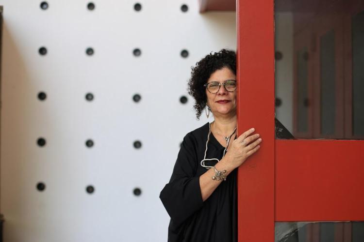 Rose Lima comanda há 12 anos a direção artística do Teatro Castro Alves - Foto: Raul Spinassé / Ag. A TARDE