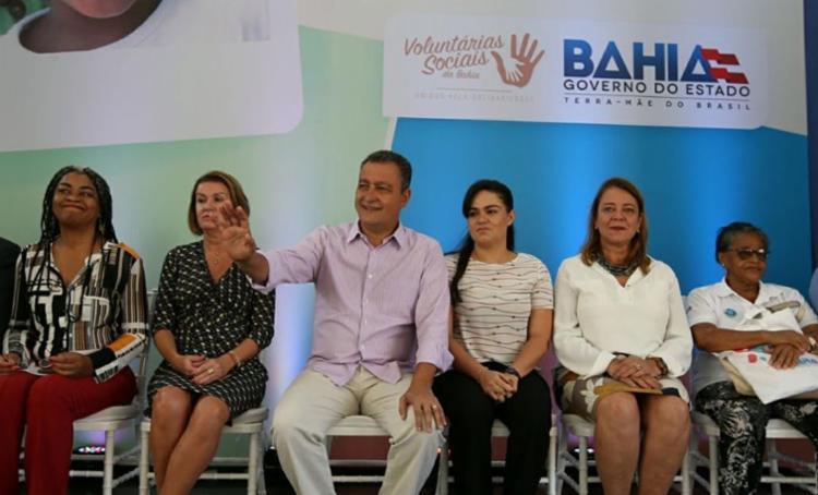 Rui Costa acompanhou evento ao lado da primeira-dama - Foto: Manu Dias | Divulgação | GovBa