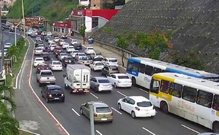 Incidente causou transtornos ao motoristas que trafegam na região - Foto: Reprodução | Twitter