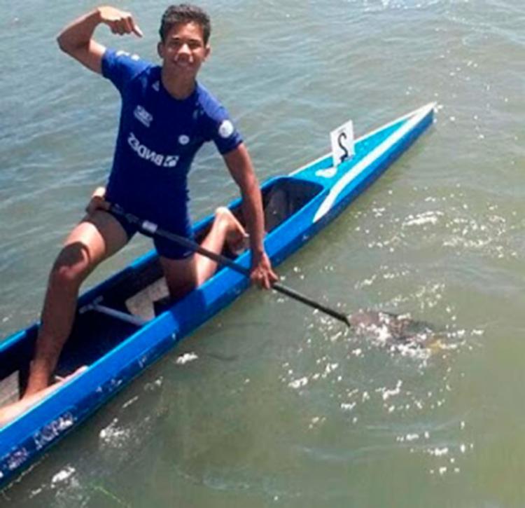 Uálef Silva integrava a Seleção Brasileira de Canoagem - Foto: Reprodução | Amarelinho 10