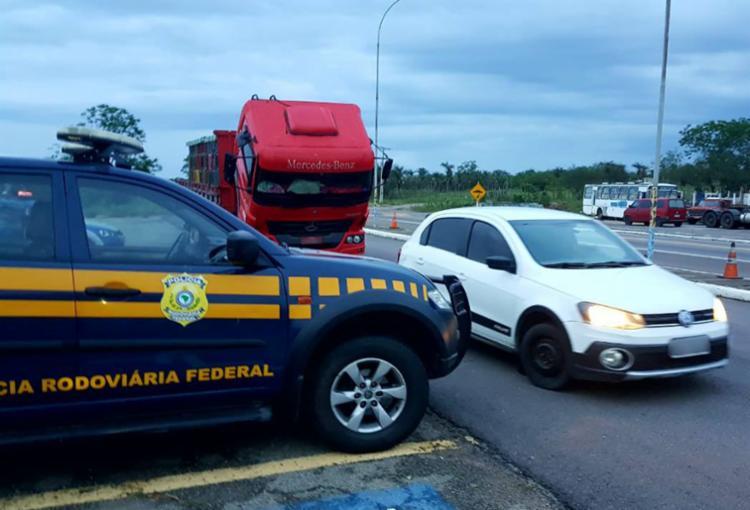 Veículos são recuperados graças a ação conjunta da PRF, PM, Polícia Civil e DPT - Foto: Divulgação | PRF