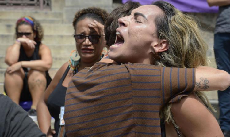 Milhares de pessoas realizaram ato em memória da vereadora e de seu motorista - Foto: Tania Rego   Agencia Brasil