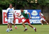 De olho no Botafogo-PB, Guto Ferreira comanda treino tático no Fazendão | Foto: Felipe Oliveira | Ec Bahia