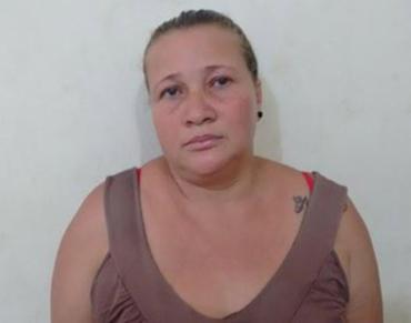 Sandra foi autuada por furto qualificado na 16ª DT (Pituba) e vai passar pela audiência de custódia - Foto: Divulgação l Polícia Civil