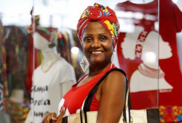"""""""Jeito baiano"""" inspira marcas de confecções, acessórios e até de decoração   Adilton Venegeroles l Ag. A TARDE"""