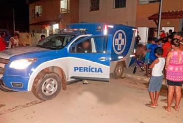 Suspeitos matam homem na porta de casa em Barreiras   Reprodução   Blog do Braga