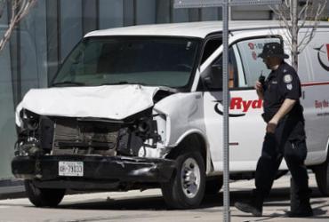 Chega a 10 número de mortos em atropelamento em Toronto | Cole Burston l Getty Images l AFP