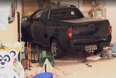 Motorista embriagado invade creche e deixa sete crianças feridas   Reprodução   NSC TV