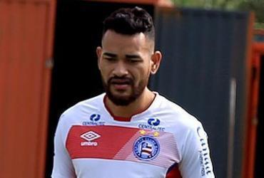 Jackson celebra retorno aos treinos após um ano fora   Felipe Oliveira l EC Bahia