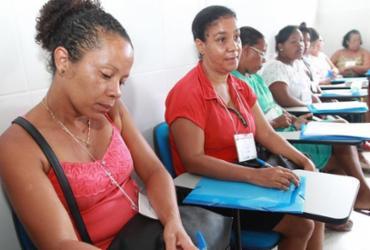 Marisqueiras de Salinas ganham capacitação sobre elaboração de projetos de políticas públicas