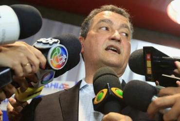 Rui Costa critica burocracia em obras públicas   Joá Souza   Ag. A TARDE   29.10.2015