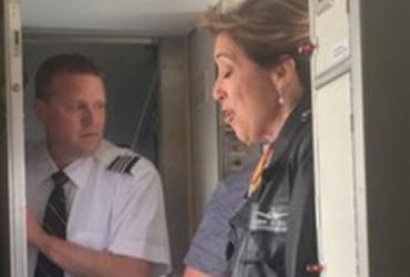Passageiros elogiam calma da piloto durante acidente com morte | Reprodução | Twitter