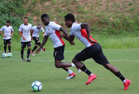 Vitória e Internacional duelam por vaga nas oitavas de final   Maurícia da Matta l EC Vitória