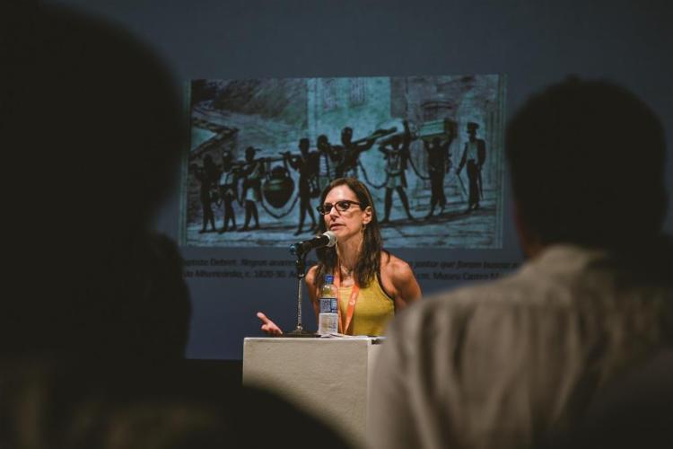 A antropóloga Lilia Schwarcz fala sobre a desigualdade racial e social no Brasil - Foto: Taylla de Paula / Divulgação