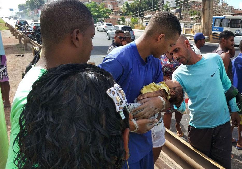 Erik Mascarenhas socorreu bebê após acidente