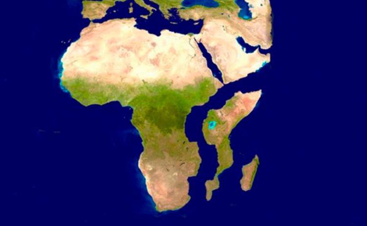 Fenda que surgiu em março no oeste do Quênia seria um indício de que a África será partida ao meio - Foto: Divulgação | Nasa