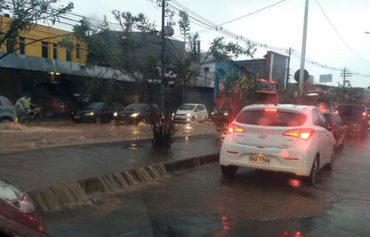 Leitores registram alagamento em São Cristóvão na manhã desta sexta - Foto: Cidadão Repórter   Via WhatsApp