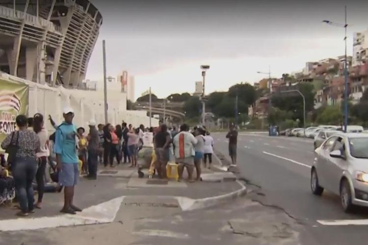 São distribuídas 300 senhas nesta quinta - Foto: Reprodução | TV Bahia