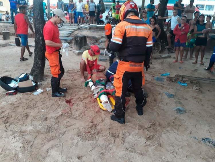 Pablo Diego foi atendido pelo Samu e levado ao Hospital da Restauração - Foto: Corpo de Bombeiros | Divulgação