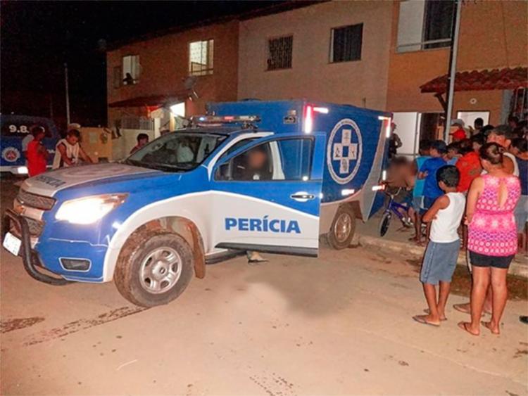 Corpo da vítima foi levado para o DPT de Barreiras - Foto: Reprodução | Blog do Braga