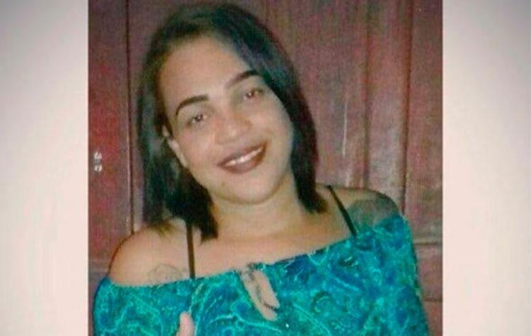 Vítima estava com a mãe na porta de casa quando foi atingida - Foto: Reprodução | Giro em Ipiaú