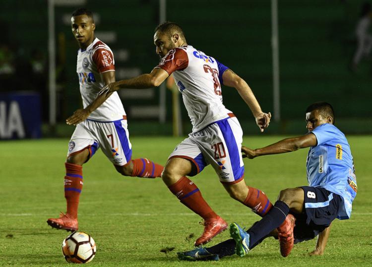 Tricolor perde na Bolívia e mantém tabu de não vencer jogos oficiais fora do País - Foto: Aizar Raldes l AFP