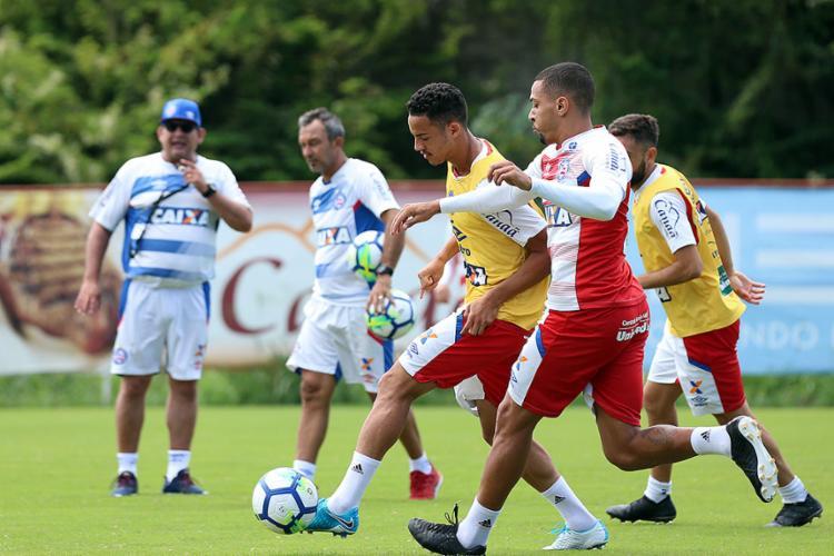 Guto Ferreira terá três desfalques para o jogo deste domingo, 29 - Foto: Felipe Oliveira l Ag. A TARDE