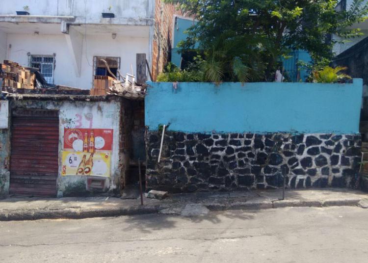 Vítimas foram mortas na porta de bar em Pau Miúdo - Foto: Euzeni Daltro | Ag. A TARDE