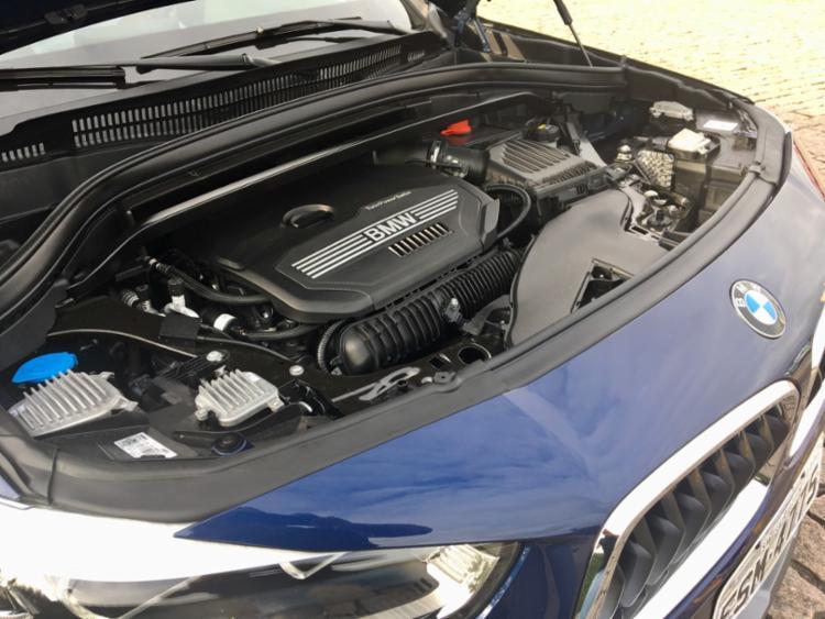 Modelo chega ao país em duas versões, de R$ 211.950 e R$ 246.950