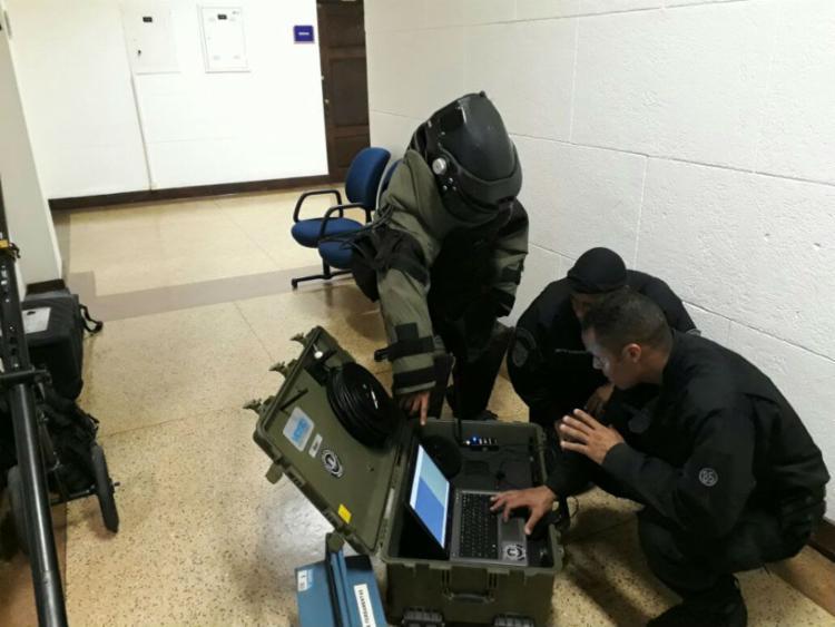 Equipes realizando procedimento de avaliação de riscos - Foto: Divulgação SSP