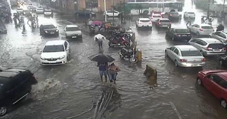Alagamento afeta o trânsito nos dois sentidos - Foto: Divulgação | SSP