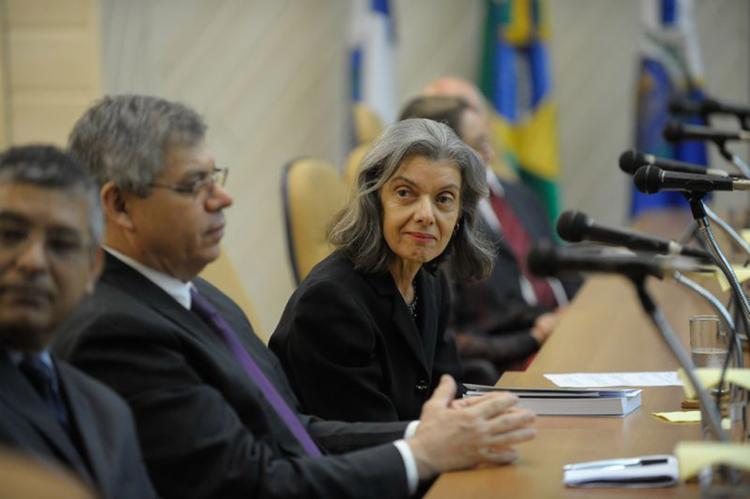 Atualmente, a presidente do STF é a terceira na linha já que não há vice-presidente - Foto: Fernando Frazão l Agência Brasil