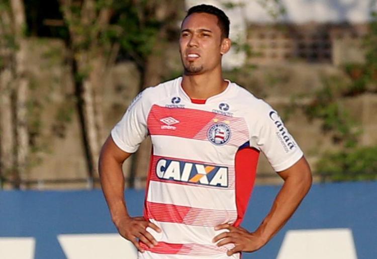 Edigar Junio corre atrás para recuperar bom momento que teve no Brasileirão de 2017: este ano, são apenas cinco gols em 16 jogos - Foto: Felipe Oliveira l Divulgação